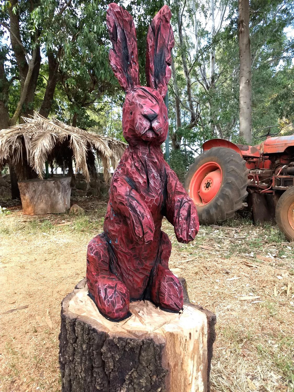 Chêne, acrylique, 160 cm x 65 cm x 65 cm, Symposium du Ranch Santa Maria, Tepatitlan 2017, Mexico-Claire-Alexie Turcot