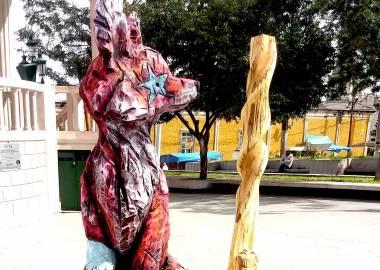 Claire-Alexie Turcot Tilleul,acrylique, 175 cm x 50 cm x 45 cm, Symposium international de Mexticacan 2017, Mexico-Claire-Alexie Turcot
