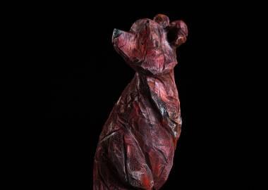 Claire-Alexie Turcot Collection ''Les Entaillés'', Tilleul, acrylique, 74 cm x 21 cm x 21 cm, 2015-Photo: Benoît Lemay