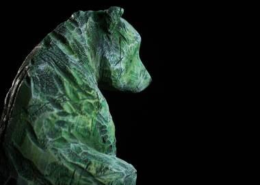 Claire-Alexie Turcot Collection ''Les Entaillés'', Tilleul, acrylique, 70 cm x 20 cm x 18 cm, 2014-Photo: Benoît Lemay
